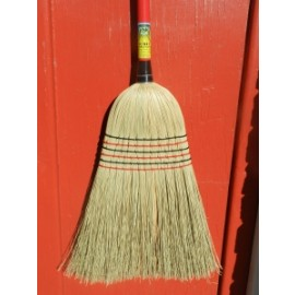 AUSTRALIAN MADE TUMUT 6 TIE MILLET BROOM